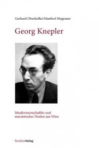 Buchcover: Portraitphoto eines jungen Mannes mit Brille in schwarz-weiß