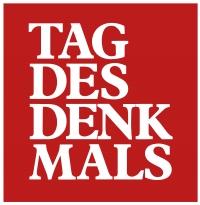 Tag des Denkmals, Logo: weiße Blockbuchstaben auf rotem Untergrund, weißer Rand
