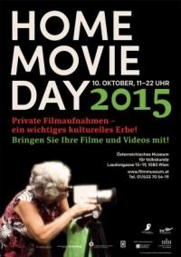 Einladung zum Home Movie Day, Frau mit Filmkamera