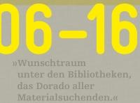 gelbe Buchstaben auf grau-braunem Untergrund mit Webeffekt