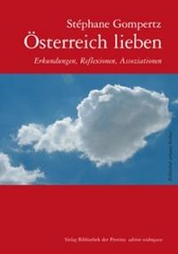 Himmel mit einer Wolke, die die Form Österreichs trägt